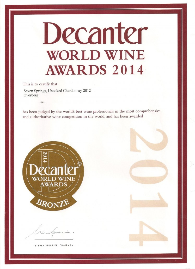 Decanter bronze Unoaked Chardonnay 2012 001